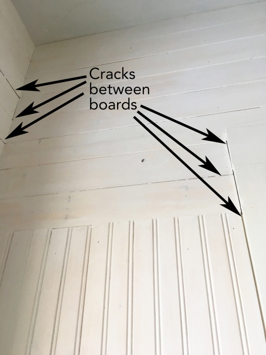 cracks that need to be caulked